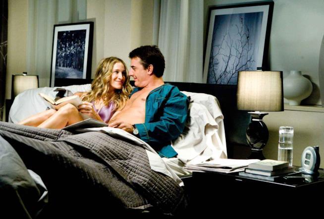 Una scena romantica tra Mr Big e Carrie Bradshaw di Sex and the City