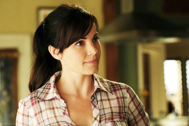 Saving Hope: Erica Durance nella serie Smallville