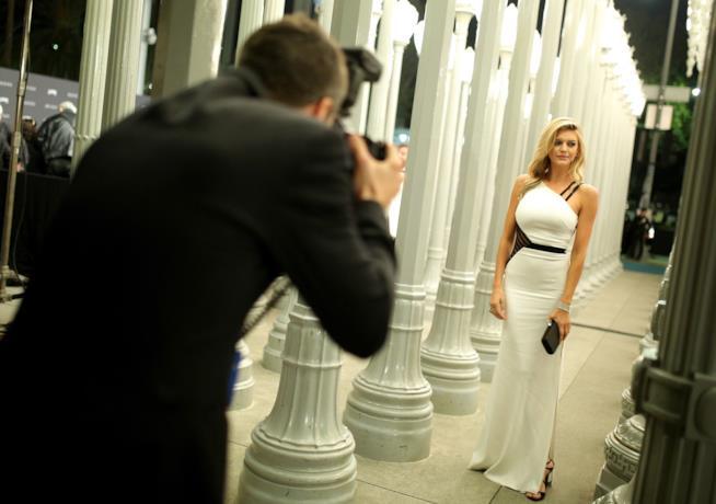Kelly Rohrbach posa per il fotografo