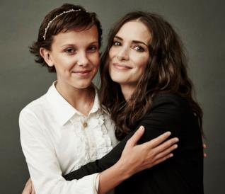 Millie Bobby Brown e Winona Ryder, le due protagoniste di Stranger Things