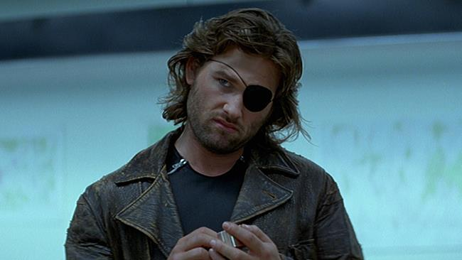 Kurt Russell aka Jena (in originale Snake) Plissken in 1997: Fuga da New York