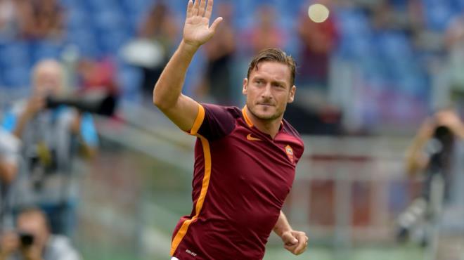Francesco Totti dice addio al calcio