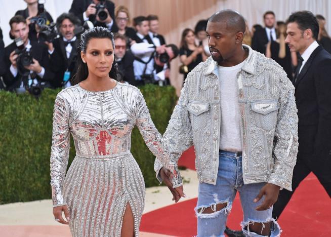 Kim Kardashian-Kanye West, è giallo sul divorzio