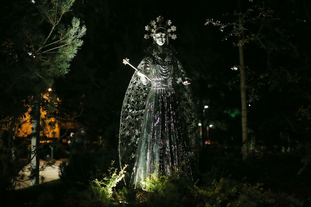 La statua della Strega Bianca di Narnia