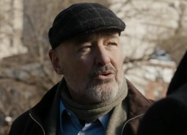 Terry O'Quinn in una scena di The Blacklist: Redemption