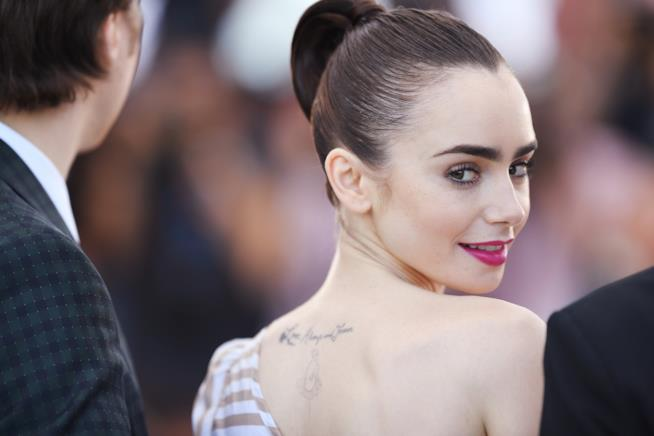 Lily Collins a Cannes 2017