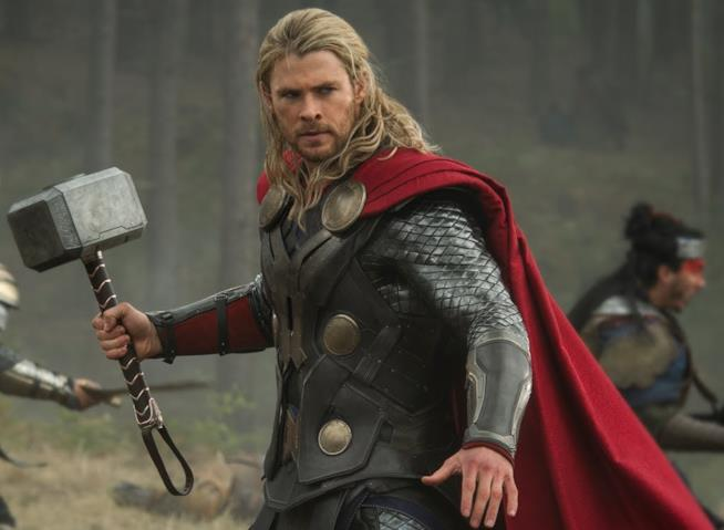 Chris Hemsworth nei panni di Thor