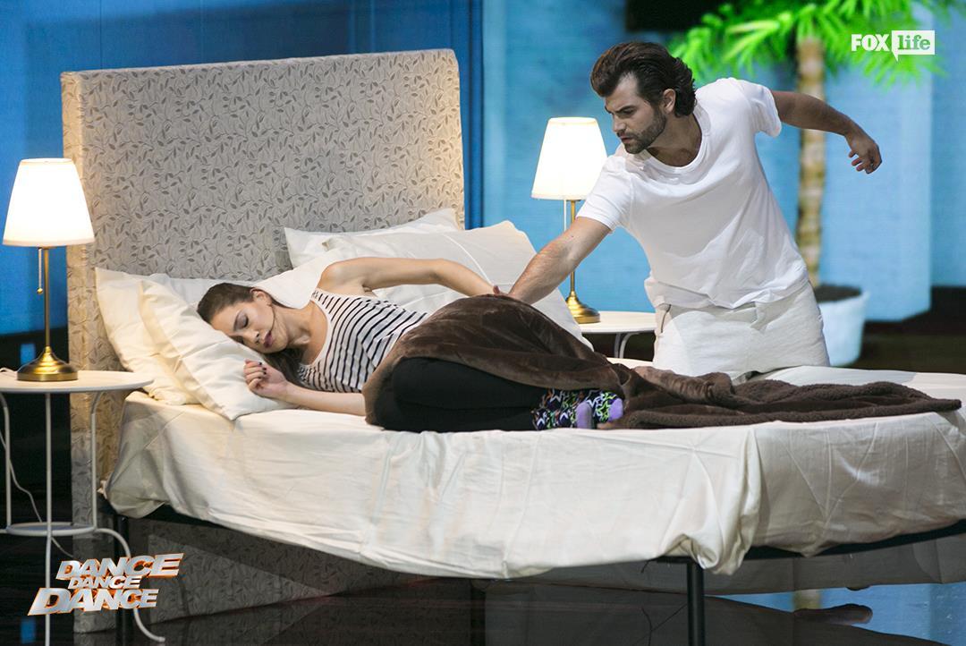 L'esibizione di Clara e Diego nel serale di Dance Dance Dance