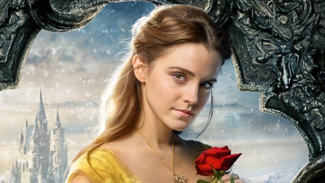 Emma Watson nei panni di Bella
