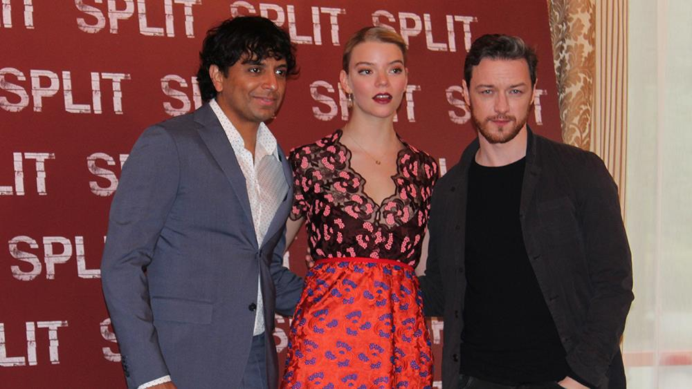 Il cast di SPLIT posa al photocall milanese