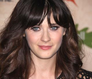 Un primo piano dell'attrice Zooey Deschanel