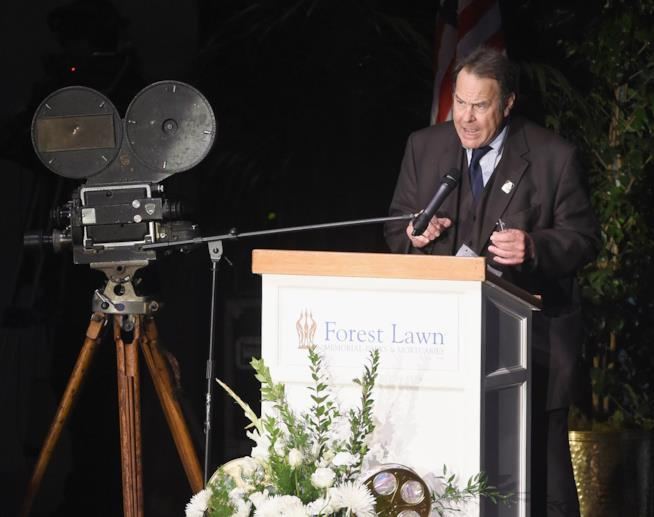 Dan Aykroyd al memorial per Carrie Fisher e Debbie Reynolds