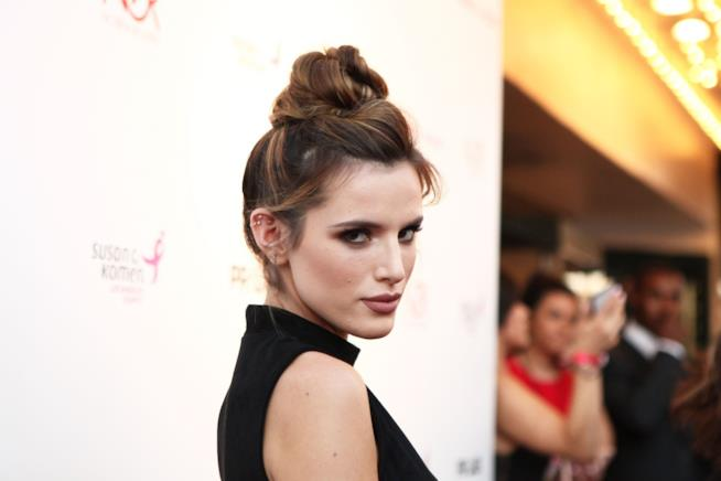 Bella Thorne fa coming out: