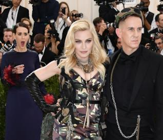 La reazione di Sarah Paulson al look di Madonna al Met Gala 2017
