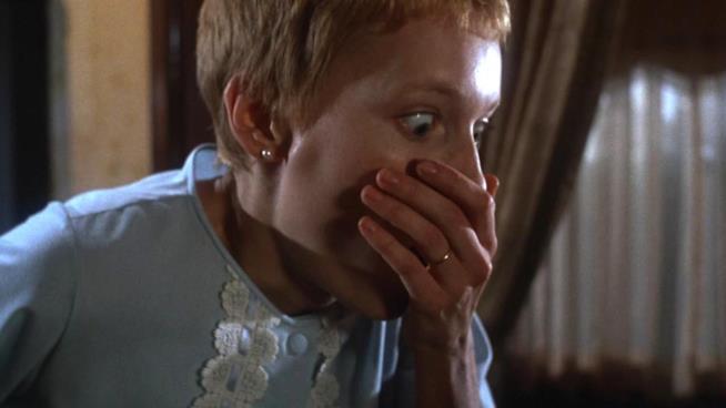 Rosemary è interpretata da Mia Farrow