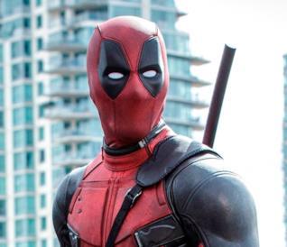 Deadpool si prepara all'azione nel film con Ryan Reynolds