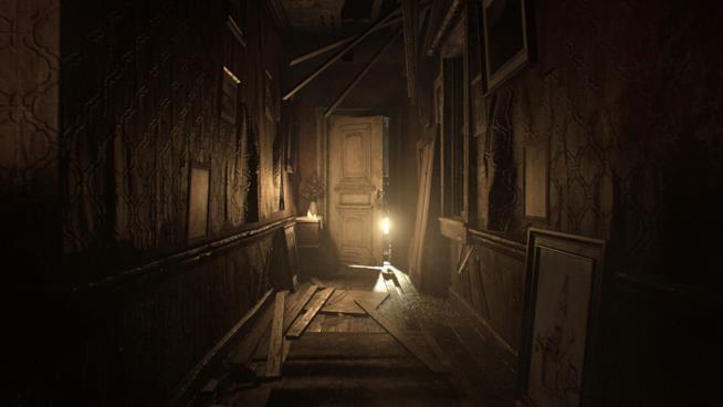 Uno degli spaventosi scenari di Resident Evil 7