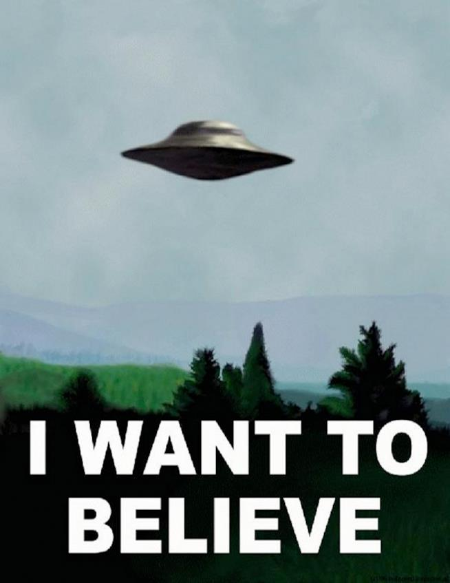 Il poster I want to believe
