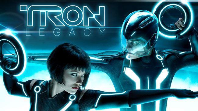 Quorra e Sam in Tron: Legacy