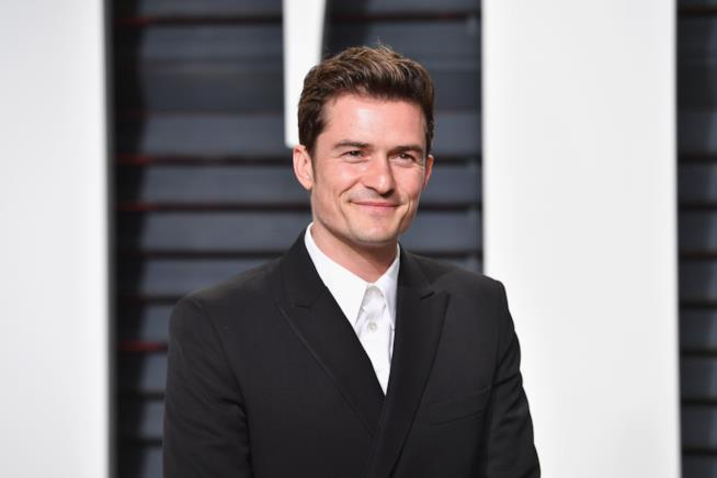 Un sorridente primo piano di Orlando Bloom
