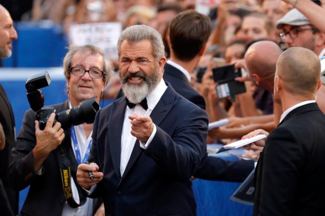 Mel Gibson: 'Batman v Superman è una m***'
