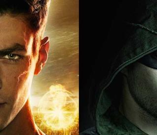 I due supereroi DC Comics Arrow e Flash