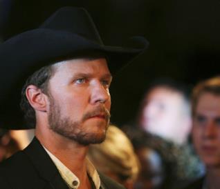 Will Chase torna nei panni di Luke Wheeler in Nashville