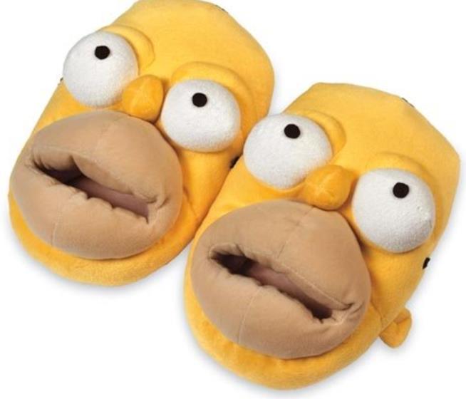 Le pantofole con la faccia di Homer Simpson