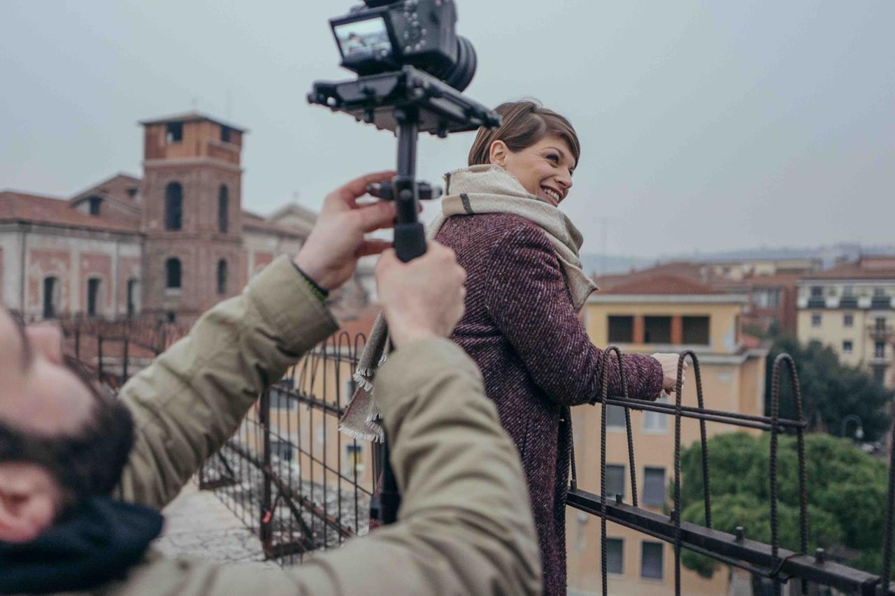 Alessandra Amoroso è a Verona per il #VivereaColoriTour