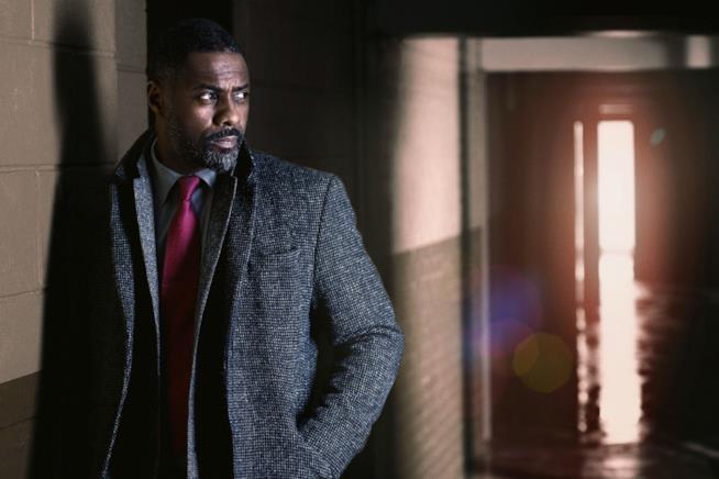 Idris Elba nei panni di Luther