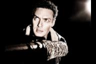 Aaron non è uno dei protagonisti storici di The Walking Dead, ma ormai fa parte del gruppo di Rick