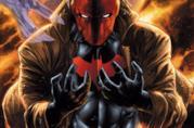 Un primo piano di Red Hood in un artwork ufficiale DC