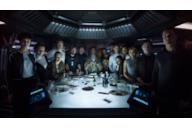 Il cast al completo di Alien: Covenant in posa Ultima Cena