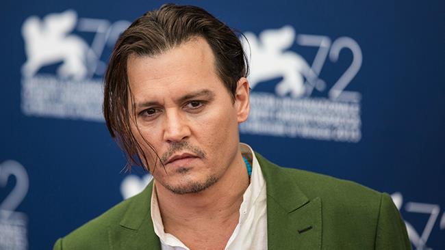 Il mago Grindelwald potrebbe avere il volto di Johnny Depp nel secondo capitolo di Animali Fantastic