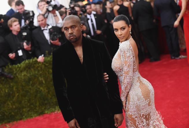 Kanye West torna a casa! Dimesso dall'ospedale dopo una settimana