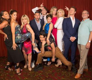 Il cast di Ugly Betty in uno scatto alla reunion