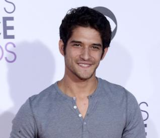 Dopo l'esperienza di Teen Wolf, Tyler Posey è nel cast dell'horror Truth or Dare