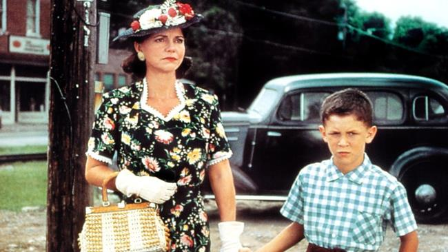 Sally Field nel film Forrest Gump