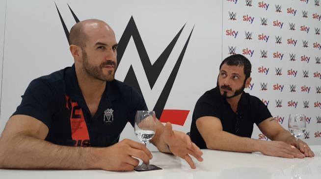 Un momento dell'intervista a Cesaro e Austin Aries