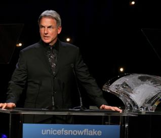 L'attore Mark Harmon a una conferenza dell'Unicef