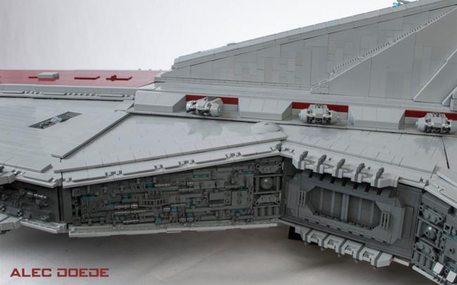 Alec Doede realizza incrociatore pesante di Star Wars in LEGO