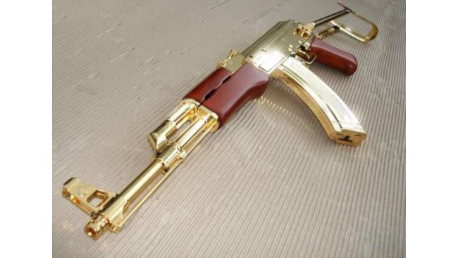 Le armi d'oro di Saddam Hussein's - 1