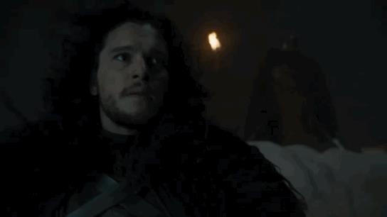 Jon Snow preoccupato sulla Barriera
