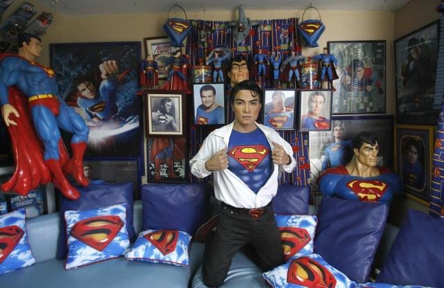 Herbert Chavez e la sua collezione dedicata a Superman