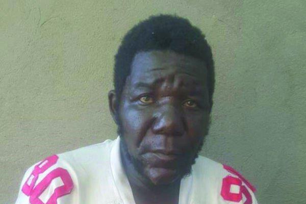 William Masvinu è eletto per la quarta volta uomo più brutto dello Zimbabwe