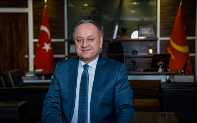 Il sindaco Tashin Babas