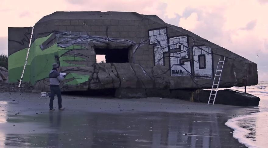 Ecco com'era la struttura prima dell'arrivo dei due street artist.