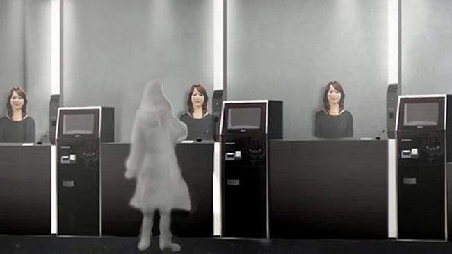Il front desk dell'Henn-na Hotel in una simulazione