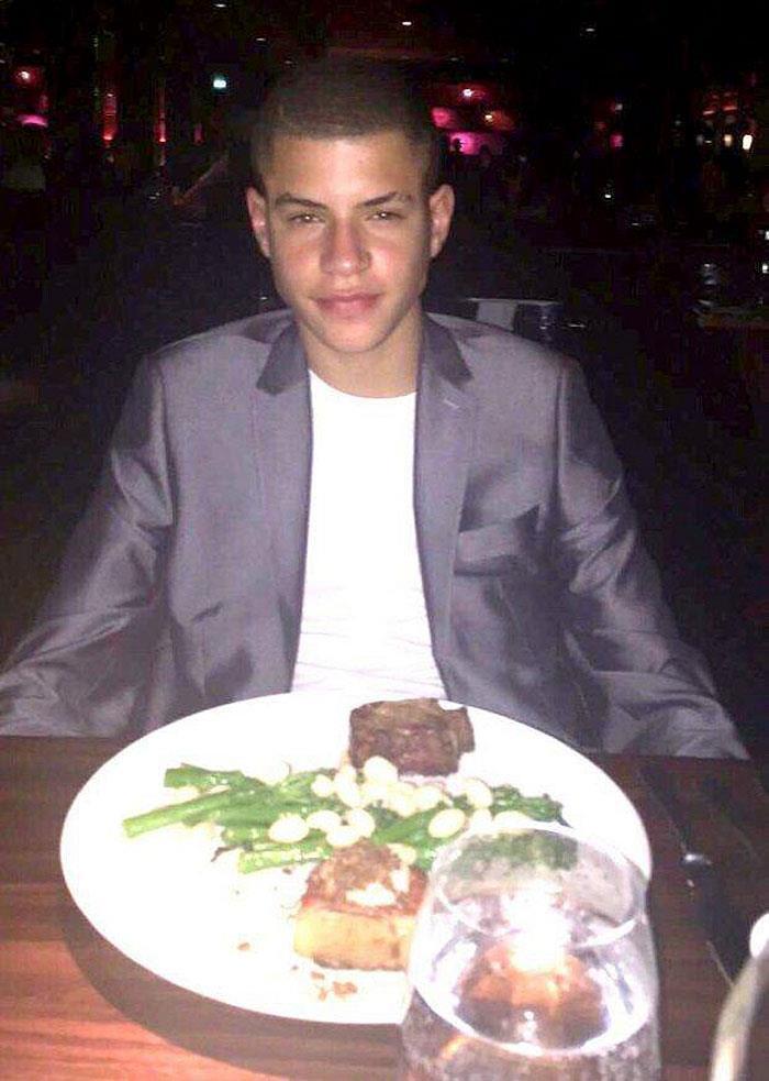 Una cena lussuosa per Nathan