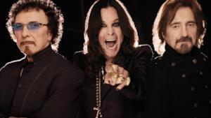Una foto recente di tre componenti della band